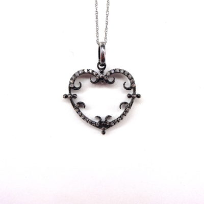Michael Moses Vault, Newport Beach Jewelry Store, 14k White Gold and Black Rhodium Diamond Hear Pendant and Chain