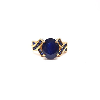 Michael Moses Vault, Newport Beach Fine Jewelry Store, 14k Yellow Gold Sapphire Ring