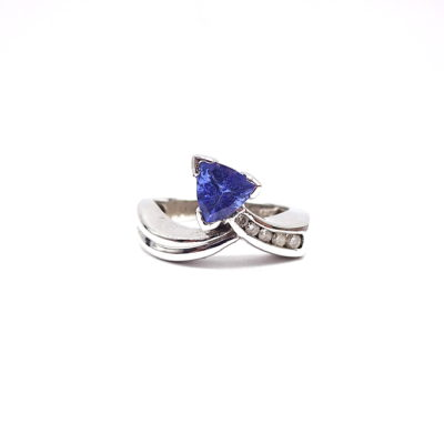 Michael Moses Vault, Newport Beach Fine Jewelry Store, 14k White Gold Tanzanite/Diamond Ring